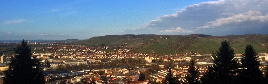 Blick von der Schiller-Linde zum Rotenberg, bei schöner Abendsonne April 2016