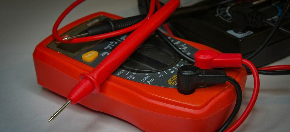 appareil de mesure électrique, multimètre