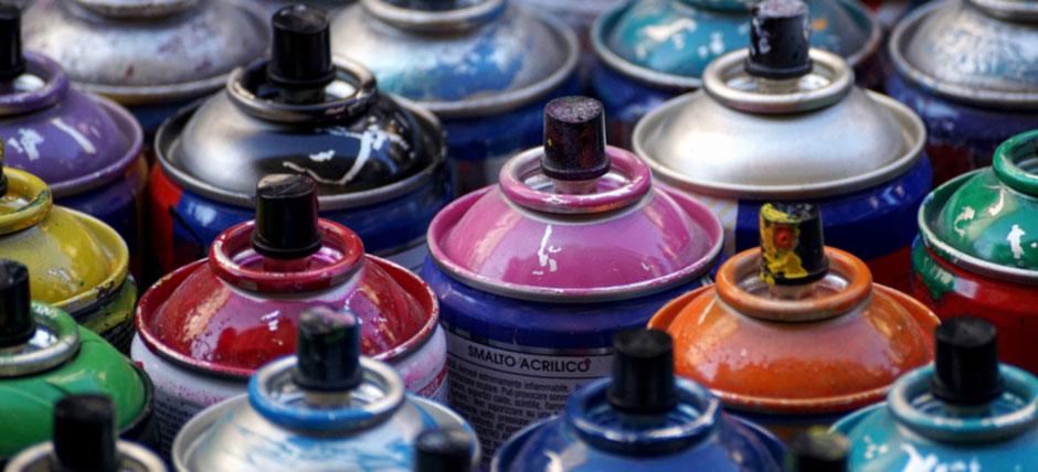 produits chimiques : peinture