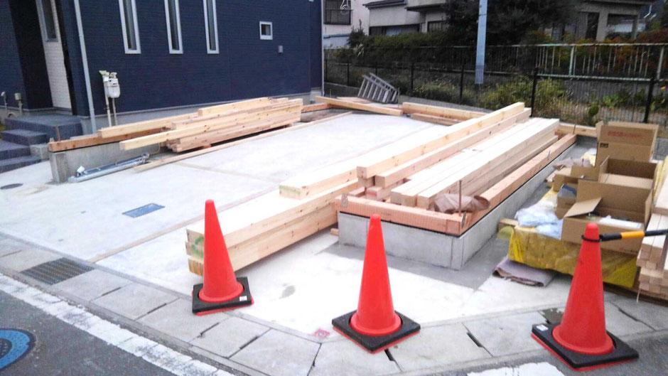 駐車場に車庫を建てる1