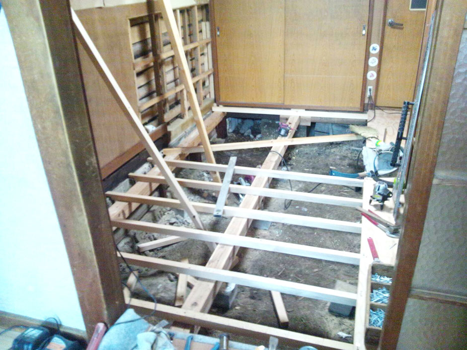 居間の床リフォーム
