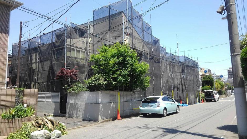 西千葉でアパートを外壁塗装中1