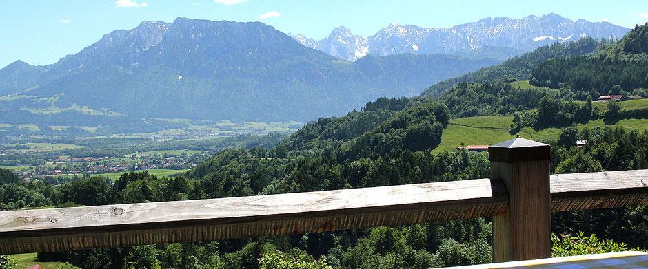 Panorama auf Oberaudorf von Berggasthof Hummelei aus 660 Meter