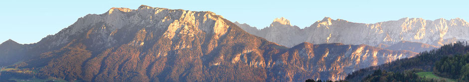 Blick ins Kaisergebirge in Oberaudorf vom Gasthof Hummelei