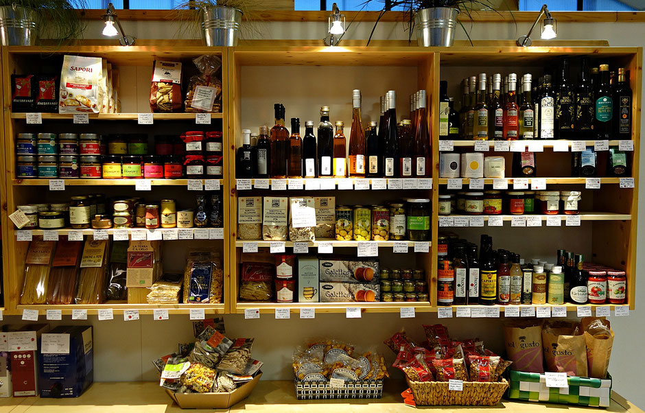 Feinkost, Pasta, Senfe, Olivenöl, Gewürze, Aufstrich