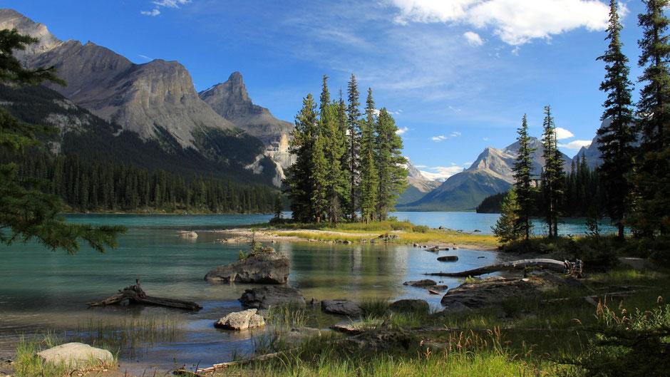 Spirit Island, Maligne Lake,Jasper NP