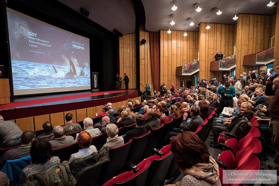 Im Heinz-Hilpert-Theater in Lünen finden das ganze Wochenende Vorträge statt