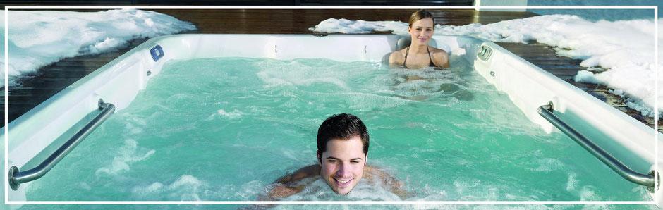 Swim Spa EP14 von Artesian Spas im Winter. Swim Spas zum Whirlen. Swim Spas zum Trainieren