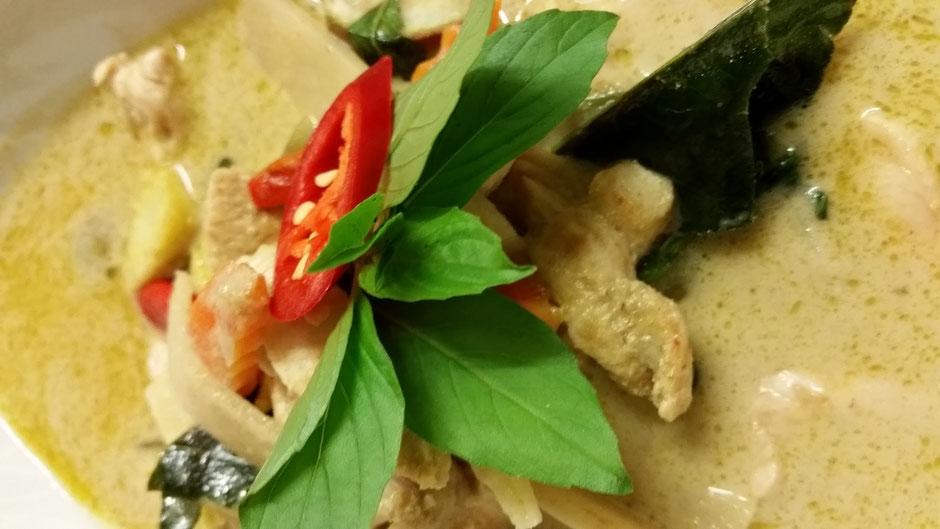 Gaeng Kiau Wan Gai - Grüner Thai-Curry