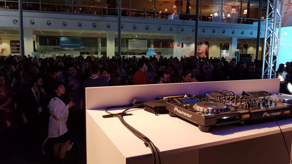 Ob David Guetta - Avicci - Hell - eine andere Generation von DJ