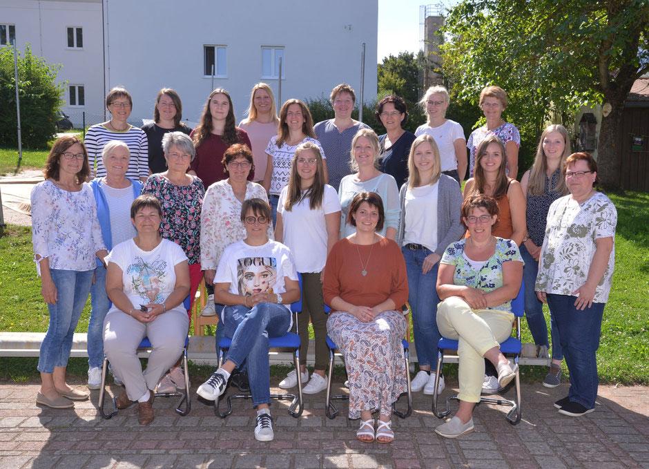 Das gesamte Team der katholischen Kindertagesstätte Don Bosco Vohenstrauß