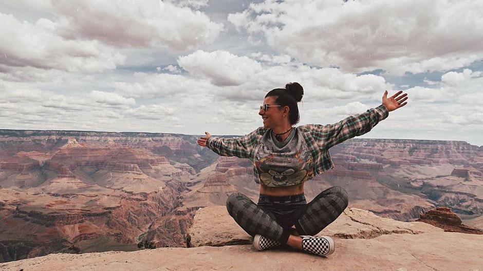 10 Fragen an Vloggerin Bianca Pichler. Nachhaltige Mode, Singlereisen