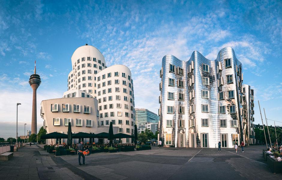 Gehry-Bauten Neuer Zollhof, Medienhafen, Düsseldorf, Deutschland, Architektur, Architektonische Highlights, Architektonische Höhepunkte