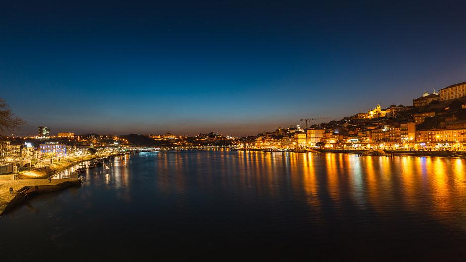 Skyline Porto, Portugal bei Nacht, Architektur, Skylines, Cityscape, Stadt bei Nacht
