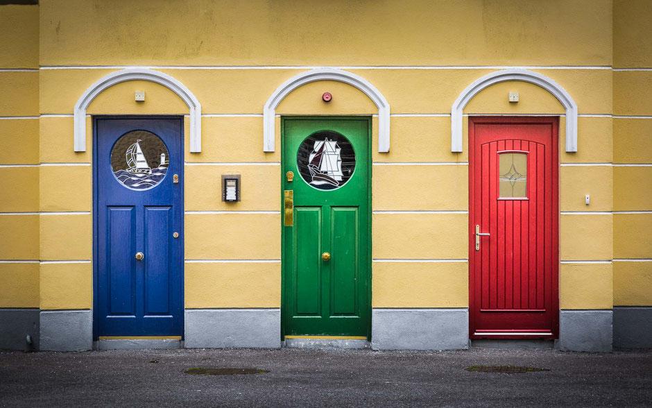 Cobh, Irland, Architektur, Türen und Fenster, Türen