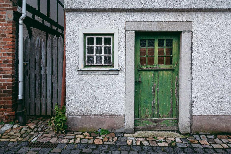 Kronberg, Deutschland, Architektur, Türen und Fenster, Türen, Alte Türen