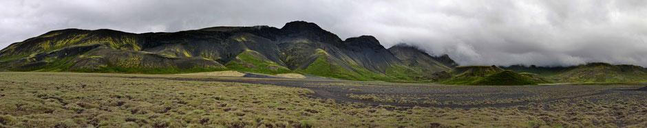 llb pics - islande - Hrafnabjörg - le long barbare