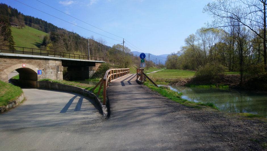 Mürztal, Wasser, Brücke, Südbahn, Radweg, R5, Frühling