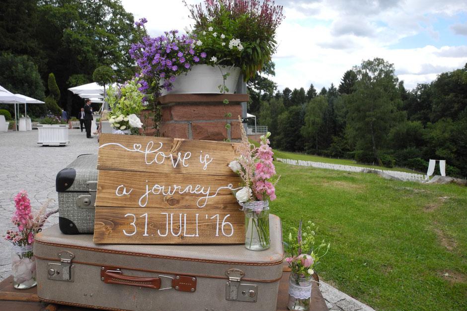 Super Trauredner für Trauung Hochzeitszeremonie im Raum Darmstadt