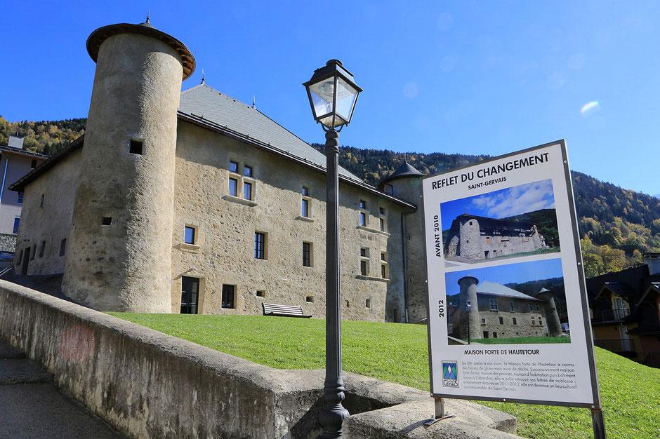 Maison Forte de Hautetour. Maison des arts et des artistes. Saint-Gervais-les-Bains. Haute-Savoie.