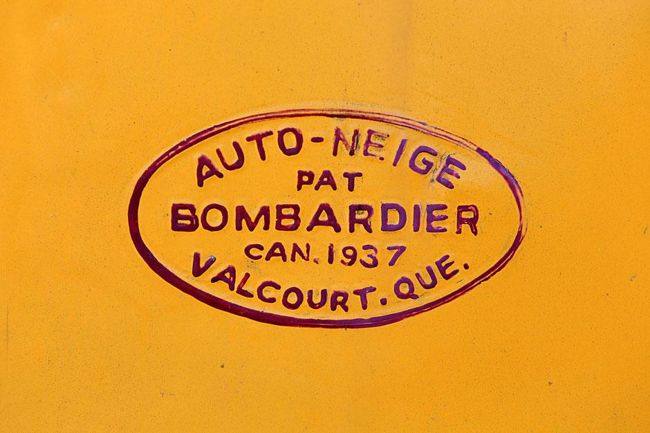 """Auto-neige bombardier. Véhicule du film """"Malabar Princess"""". Domancy. Haute-Savoie."""