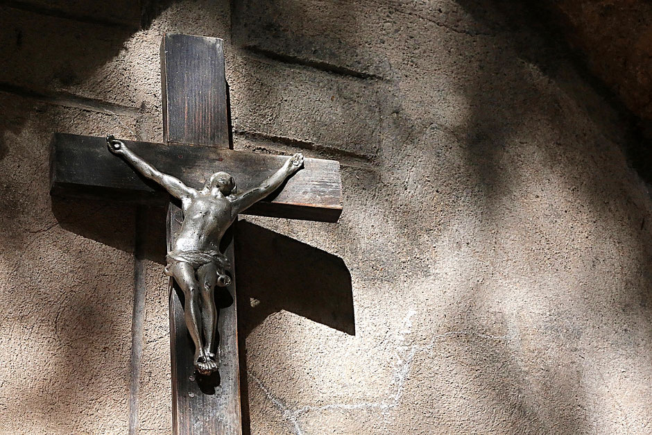 Crucifix. La Sainte-Chapelle. Contamines-Montjoie.