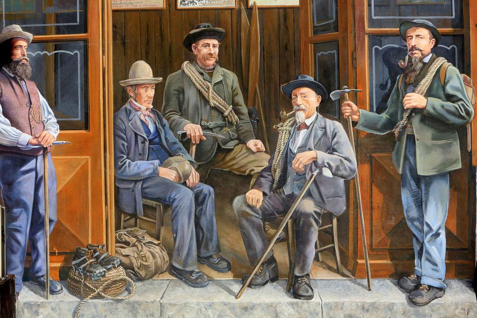 """Fresque en trompe-l'oeil """"Les guides de Chamonix"""", réalisée par A-Fresco, Patrick Commecy. Rue du Docteur Paccard. Chamonix. Haute-Savoie."""