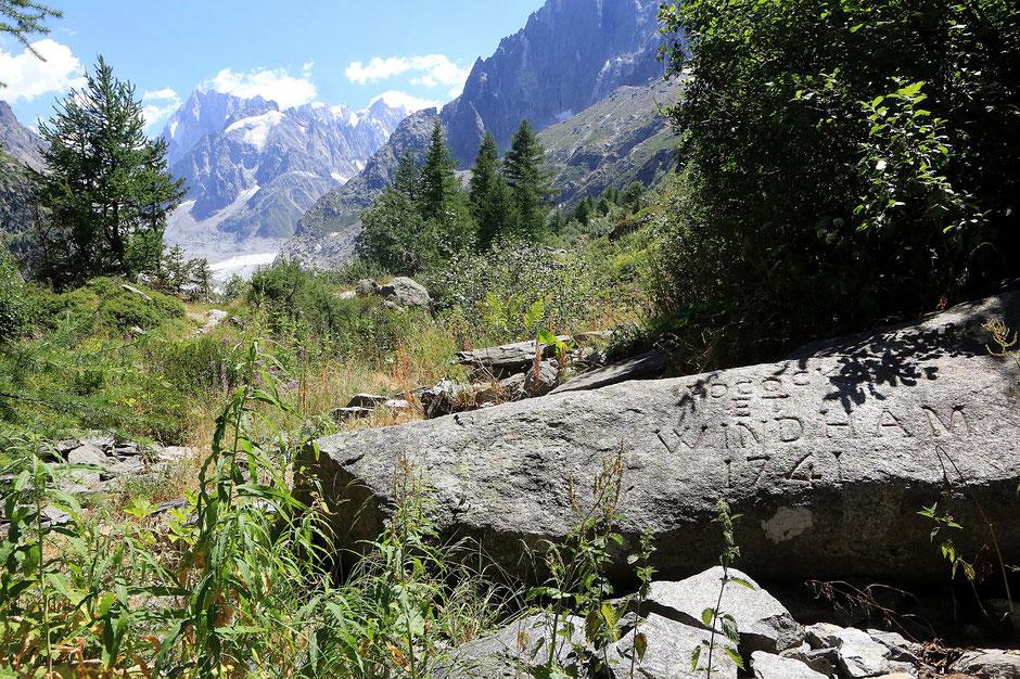 En 1741, deux Britanniques, William Windham (1717-1761) et Richard Pococke (1704-1765), découvrent la vallée de Chamouny (Chamonix) et ses glaciers. Montenvert. Chamonix Mont-Blanc. Haute-Savoie.