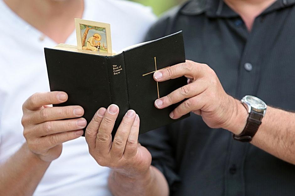 Lecture de la Bible. Haute-Savoie.