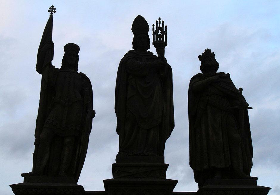Saint-Norbert, Saint-Venceslas et Saint-Sigismond. Pont Charles. Prague.