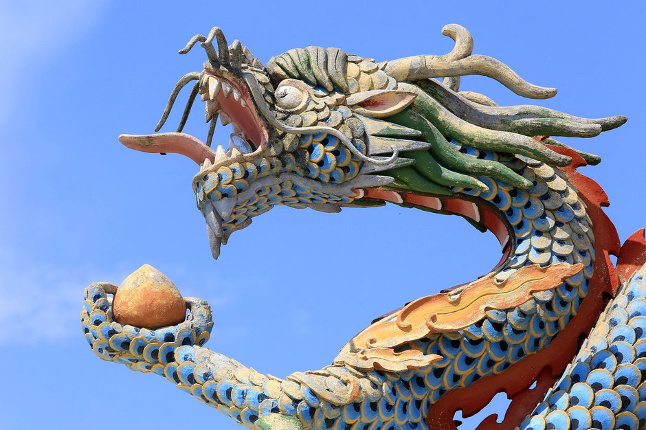 Dragon. Dashang Kagyu Ling congregation. Temple of the Thousand Buddhas.