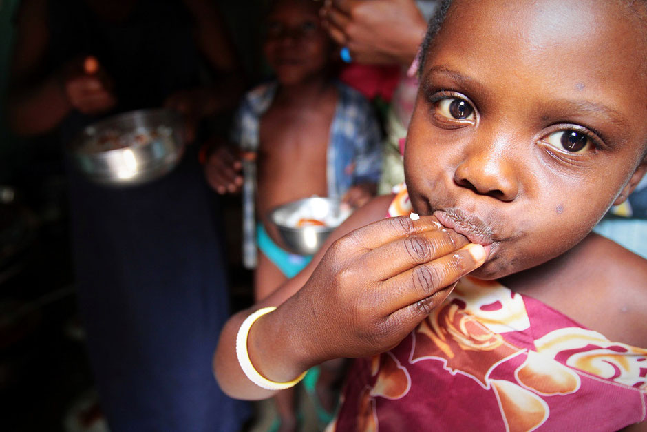 Le déjeuner familial. Lomé. Togo.