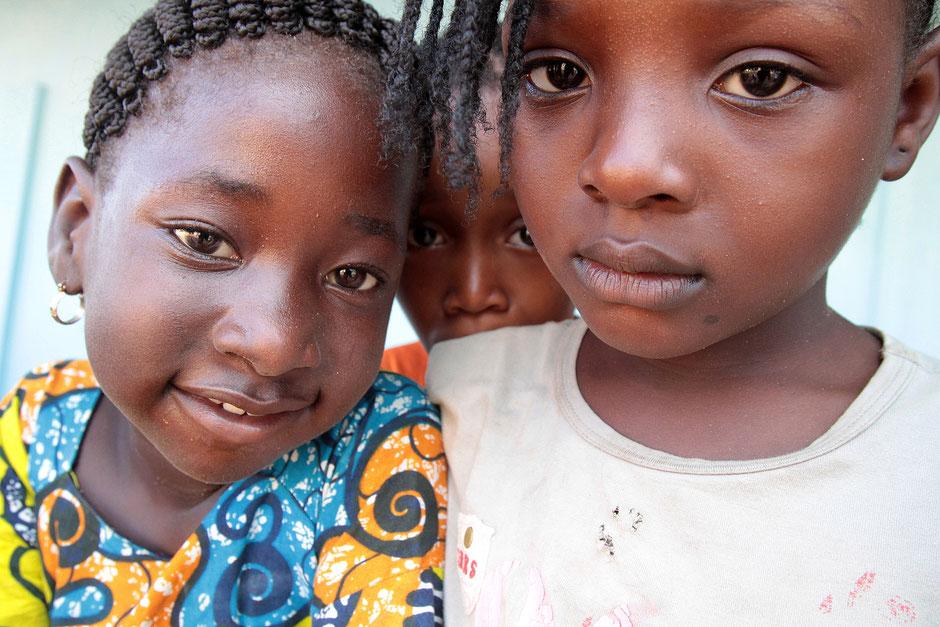 Jeunes filles togolaises. Lomé. Togo.