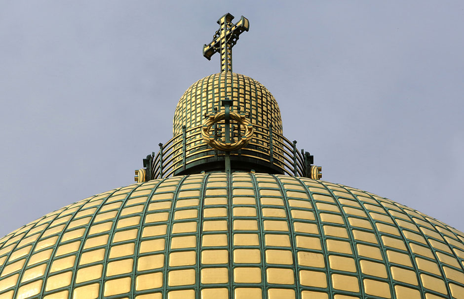 Dome. Steinhof Church built by Otto Wagner between 1902 and 1907.