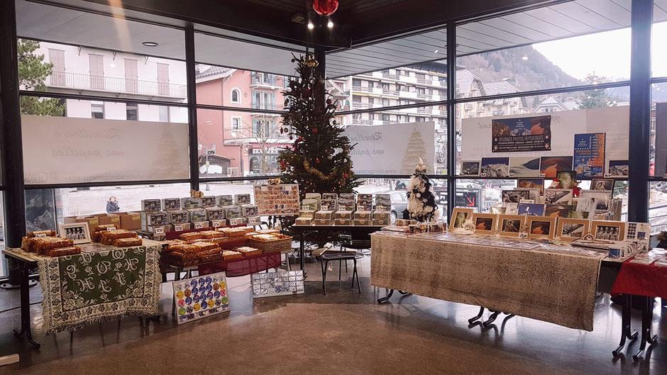 Marché de Noël 2018 - Espace Mont-Blanc - Saint-Gervais-les-Bains - Stand de Byzance Photos Reportages et les Ruchers des 3 Cousins.