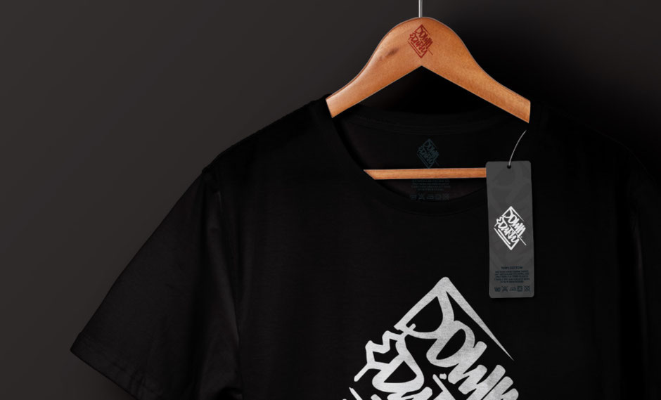 T-Shirt-Design Logo Redesign von BRAVE & BUTT Designstudio für Down & Dirty Custom Crew