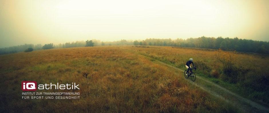 Radfahren in der Saisonpause im Herbst