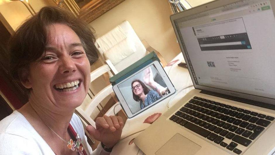 """Réunion Skype """"à quatre mains"""" avec une cliente"""