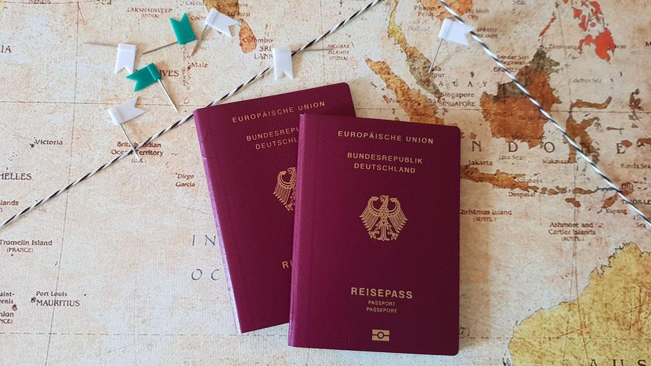 Personalausweis und Reisepass