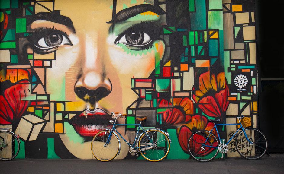 velo peinture murale