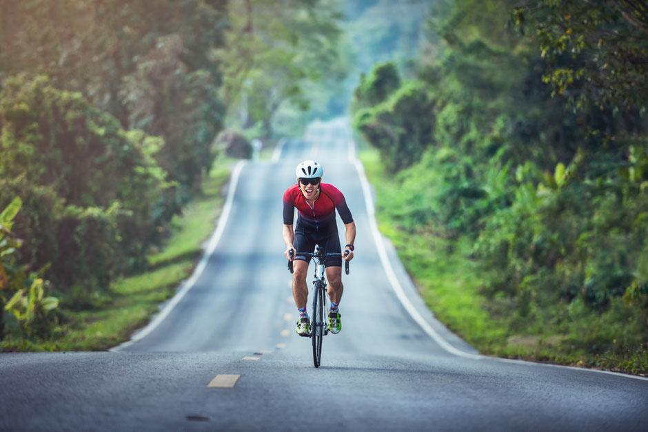 route et cycliste à vélo