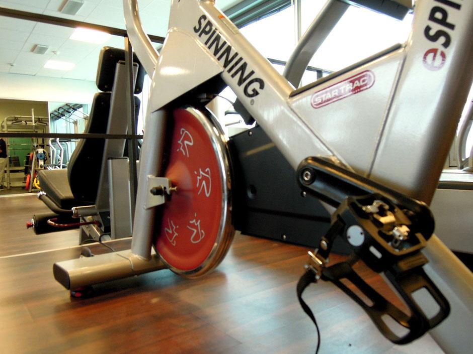 vélo elliptique d'occasion salle de sport