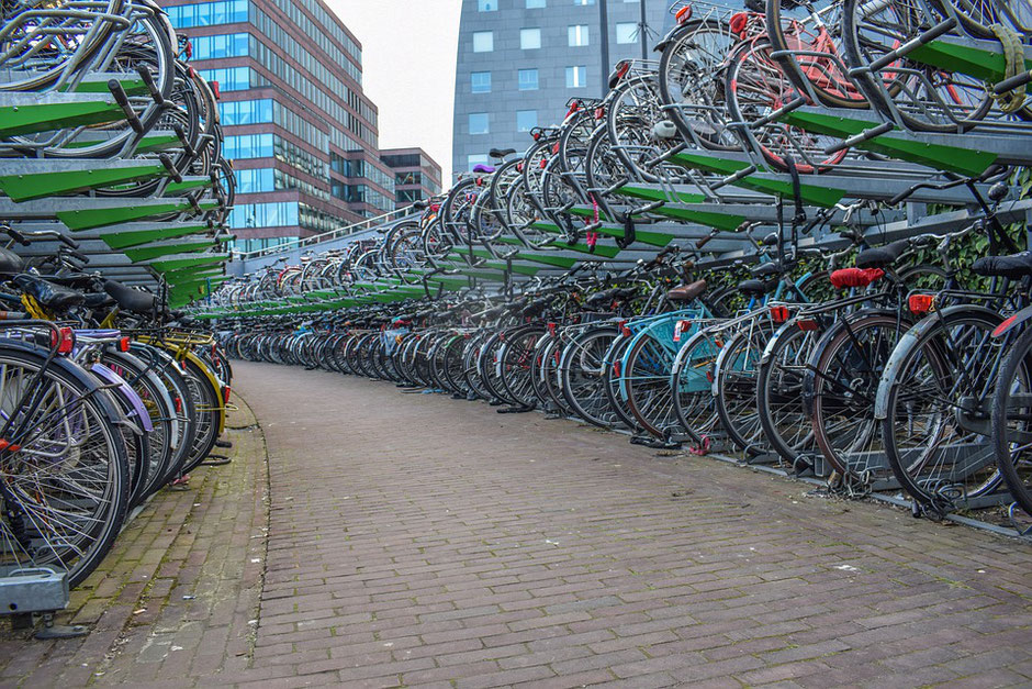 parking de vélos en hollande