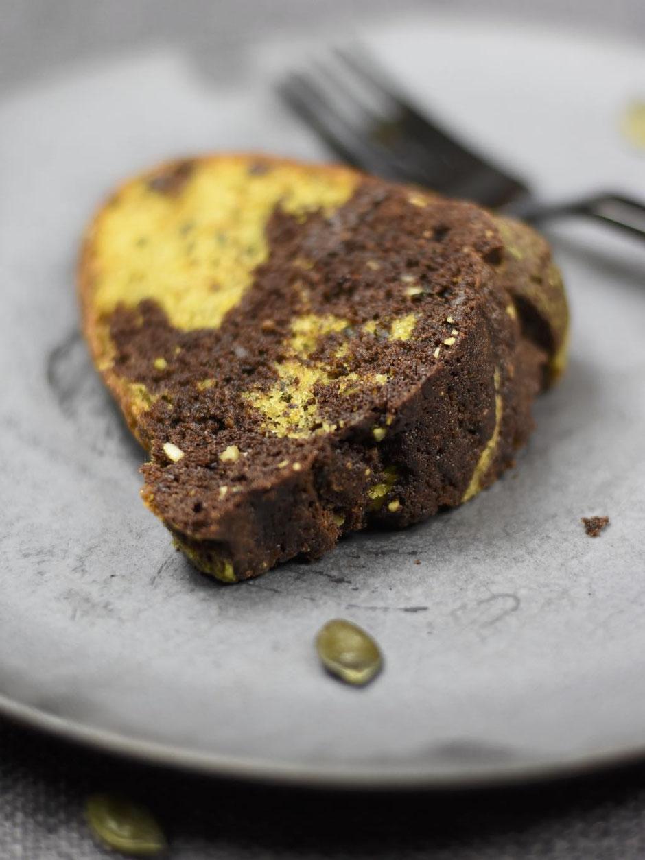 Kürbiskern Schokolade Gugelhupf