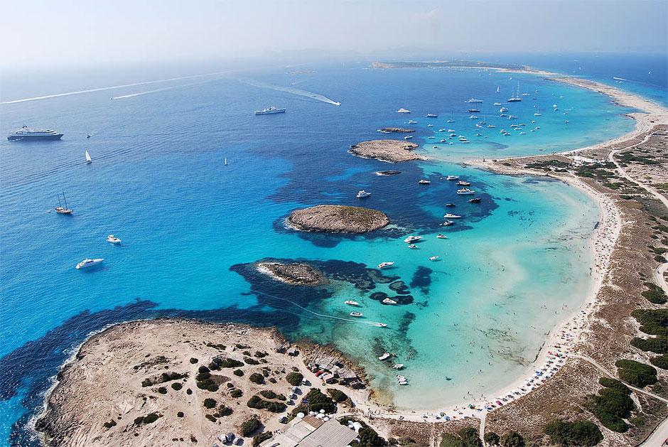 Ibiza, Formentera, boat trip, tour, rental, rent, friends, fun, holidays, private, charter, skipper, discover, island,