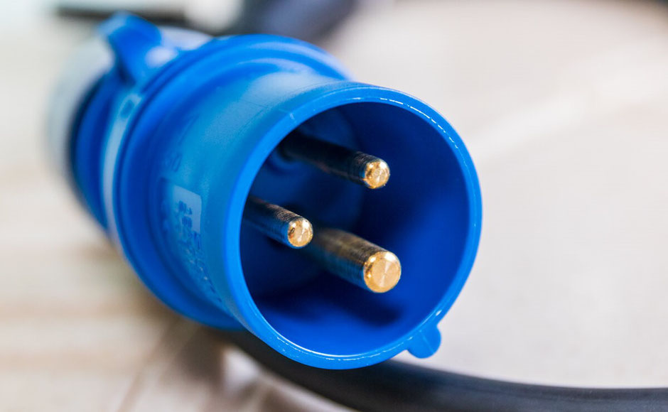 Stromversorgung im Wohnmobil, CEE Stecker