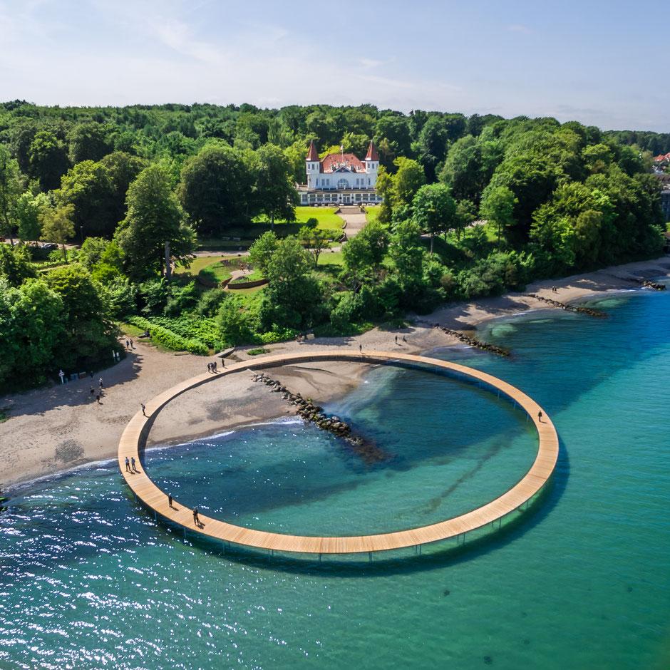 """Runder Anblick: Die """"Unendliche Brücke"""" im dänischen Aarhus von oben. Foto/Copyright: Fotograf Aarhus i Billeder/PR"""