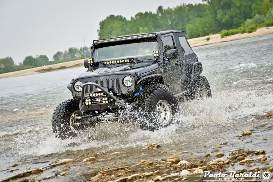 jeep wrangler black widow