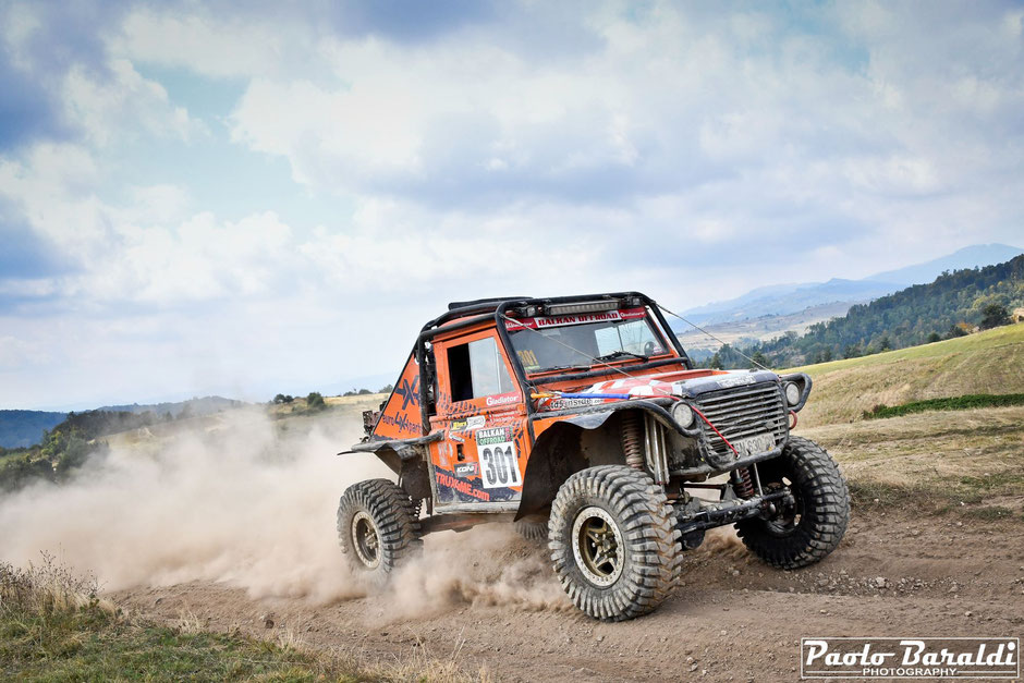 Franck Daurelle and Francoise Hollender second at Balkan Extreme