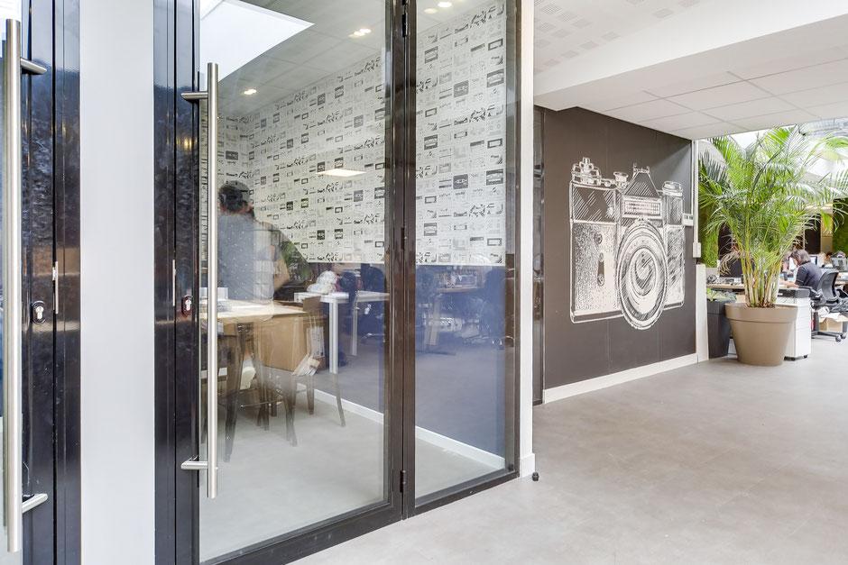 Paris X - Mission: Création d'un concept décoratif représentatant l'ADN de l'entreprise